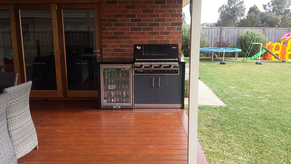 Outdoor-kitchen-melbourne-eynesbury-3